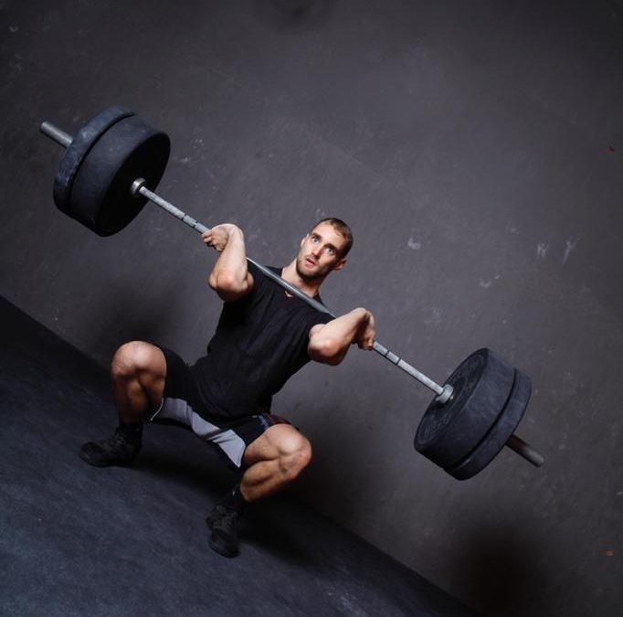 Squat : arrêtez de pousser sur vos talons